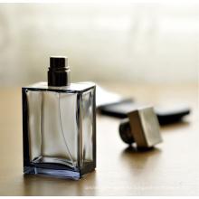 Botella de cristal del perfume de la moda 100ml clásica