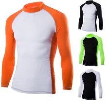 Das T-Shirt des langen Ärmels des runden Hals-Mannes, Sport-Abnutzung 2017