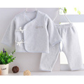 Plain Dyed gekämmte Baumwolle Neugeborene Baby Kleidung