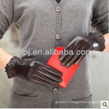 La fabrication professionnelle de gants en cuir fait des gants d'hiver