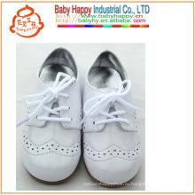 Прекрасные горячие продажи кожаный малыш детей моды плоские туфли на каблуках