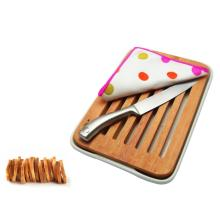 Slotted wood bread kitchen choppping board