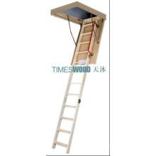 Escalera plegable grande del desván de madera