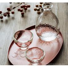 Pote de vinho artesanal de vidro claro