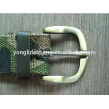 Boucle de ceinture en métal de haute qualité. Boucle de boucle.fashionable