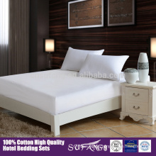 High Quality 40S 200 TC Waterproof Mattress Protector For Hotel Hospital