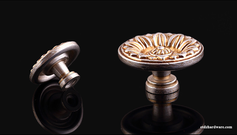 An Exquisite Masterpiece Home Furniture Fitting Knob