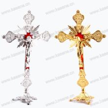 Gold / Silber Religiöse Jusse Metall Stehendes Kruzifix, Kirche / Heim Dekoration Katholische Statue