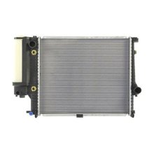 Auto Radiator For BMW 85-91 525i