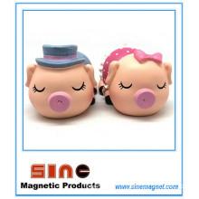 Cartoon Kiss Pig Magnet /Resin Crafts Decoration/Vehicle Gift