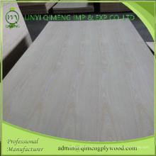 Exportador profesional de madera contrachapada de lujo de 1.8-3.6mm China Ash en Linyi