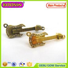 OEM / ODM металлические булавки для шармов на заказ Золотые булавки с отворотом