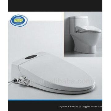 EAGO One piece Toilet com tampa de assento digital