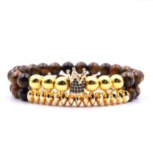 8 MM Tiger Eye Beads Gold Crown aleación encanto pulsera para hombres
