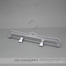 Regular Plastic Clips Hanger with Swivel Hook