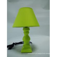 CE ROHS moderna lâmpada de mesa de cerâmica de alta qualidade verde para presentes de casamento
