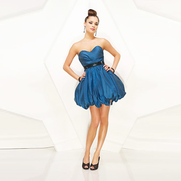 Indah Ball Gown Sayang Strapless Mini Taffeta mengacak-acak Sabuk Payet Dress Cocktial