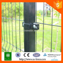 ISO9001 Anping Shunxing Factory Clips (Clamps) pour Wire Mesh Fence Post