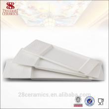 Plat en céramique de conception unique, vaisselle de porcelaine d'os blanc pour le restaurant