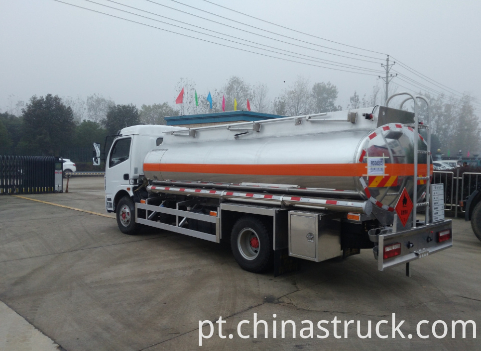 Mini mobile fuel station truck