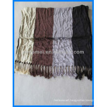 Men's yarn dyed winter check scarf production