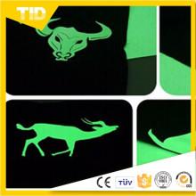 Film coloré d'enveloppe de rétrécissement de la chaleur de couleur unicolore de resistanat de PVC de couleur avec la conception adaptée aux besoins du client