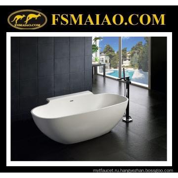 Твердая поверхностная Самомоднейшая freestanding ванна с полкой (БС-8607)