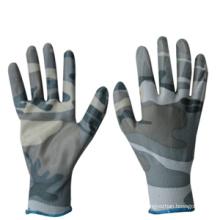 Камуфляжная окрашенная полиуретановая рабочая перчатка