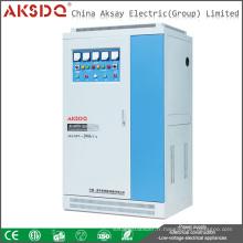 2016 Nouvelle industrie SVC Utiliser 50kva haute capacité 50 / 60Hz Stabilisateur automatique basse tension Yueqing