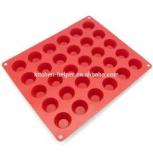 China Fabricante profissional de alimentos 30 bolos cavidade ferramenta resistente ao calor Silicone mini molde de bolo
