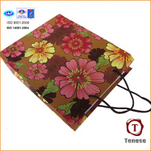 2016 Bolsa de papel de compras Bolsa de papel de regalo de flores