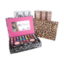 Makeup kit, includes eye shadow, blusher, powder, lip-gloss customized brands are acceptedNew
