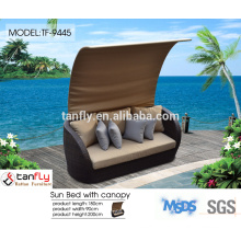 living home outdoor furniture made of PE rattan