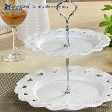 Forma redonda patrón de flores blanco puro cerámica dos capas de la placa de frutas, plato de la torta de frutas para la fiesta