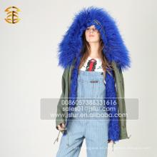 Venta al por mayor de China de invierno de las mujeres de moda Parka forrado de piel de Parka