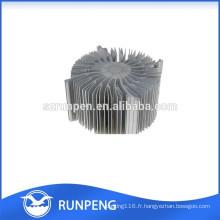 La précision en aluminium des pièces de radiateur de lampe de moulage mécanique sous pression LED