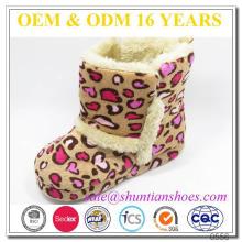 Nova moda leopardo design quentes botas de interior para crianças