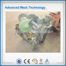 Shearing type steel fiber making machine
