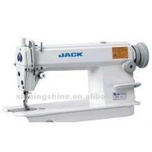 JACK 5550 machine à coudre industrail usée