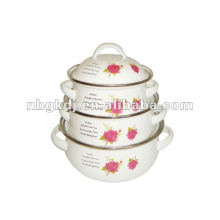 enamelware with rosas decals