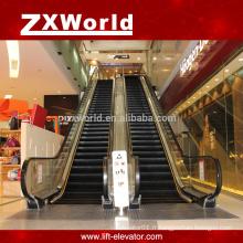 Escaliers mécaniques extérieurs ou intérieurs