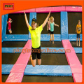 Parc de trampoline de gymnastique en plein air ASTM avec grand sac gonflable