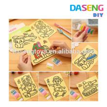 Etiquetas engomadas de la tarjeta del arte de la arena de la alegría de los niños para la fiesta de cumpleaños