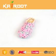 china discount manufacturer cute soft sole child slipper