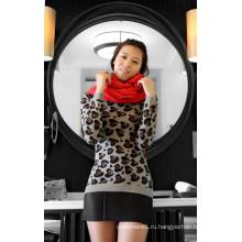 Кашемировый пуловер с горошек тепло