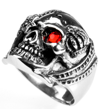 One red stone eye Vampire Skull Ring