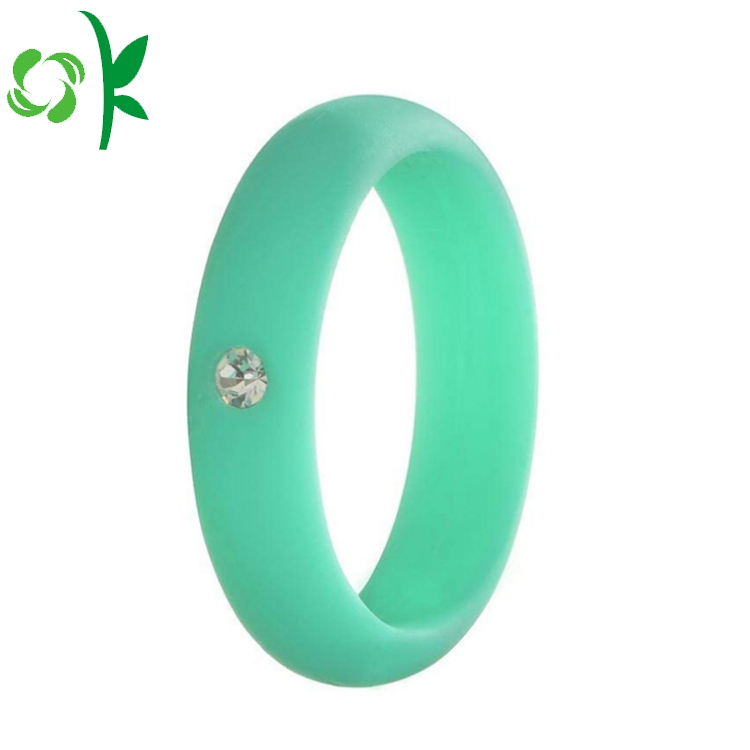 green silicone ring with daimond