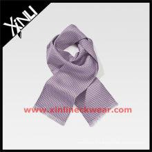 Nouveauté Écharpe en soie à motif cravate