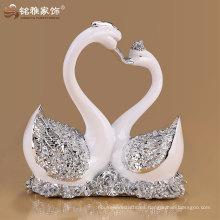 Estatua del cisne del polyresin del animal doméstico al por mayor de la fábrica para el regalo del recuerdo de la boda