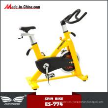 Nueva bicicleta de spinning de resistencia ajustable inmóvil del diseño para la aptitud